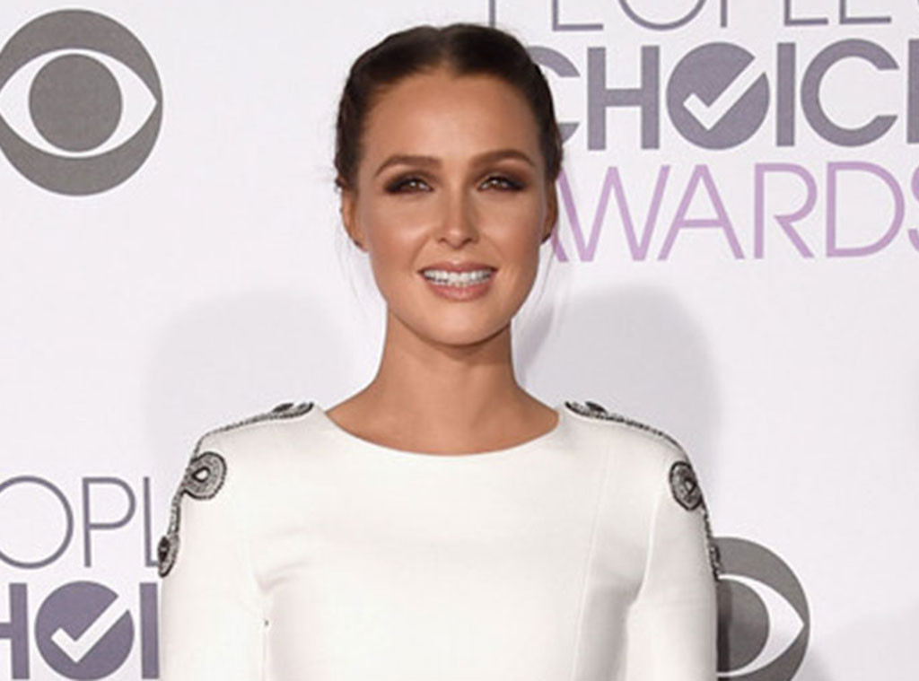 Grey\'s Anatomy Star Camilla Luddington Puts a Little Pumpkin Spice ...