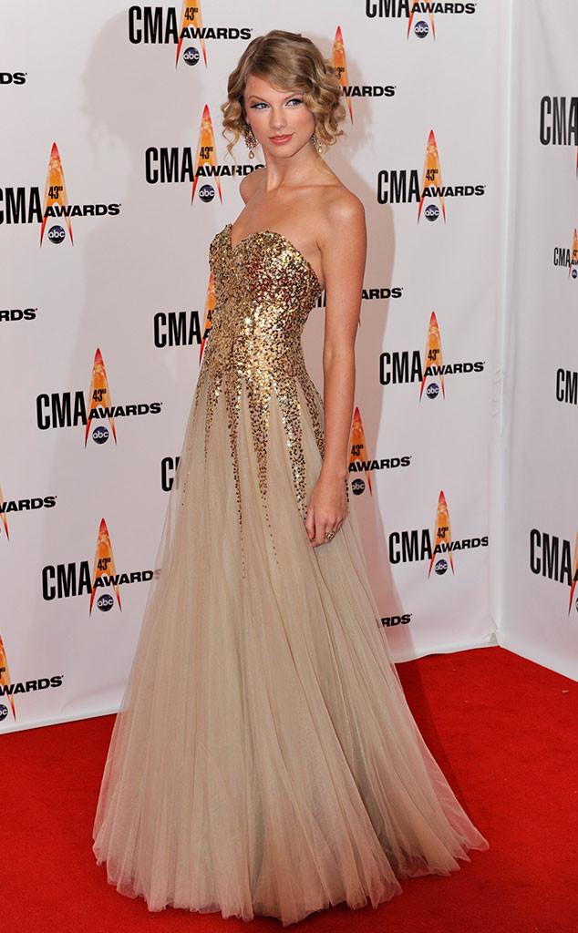 Taylor Swift, CMA Style, 2009