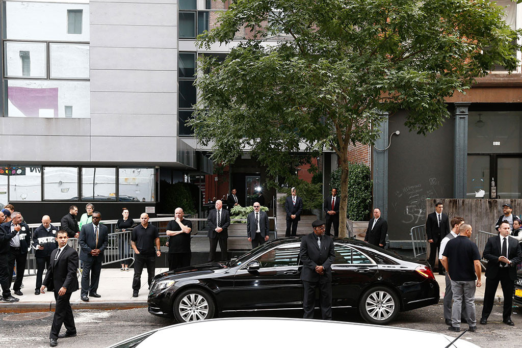 Kim Kardashian, Kanye West, Security
