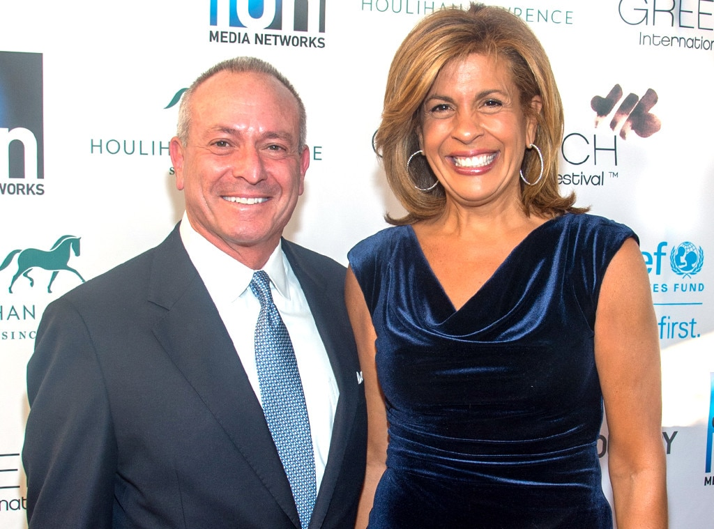 Does hoda still dating jay