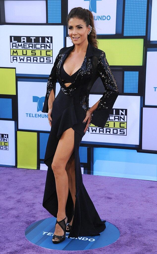 Patricia Manterola, 2016 Latin American Music Awards