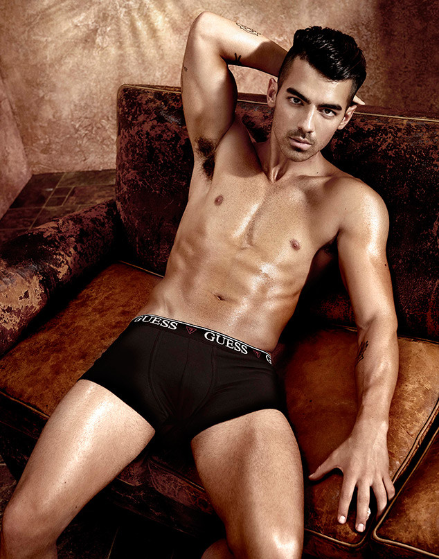 Joe Jonas, Guess
