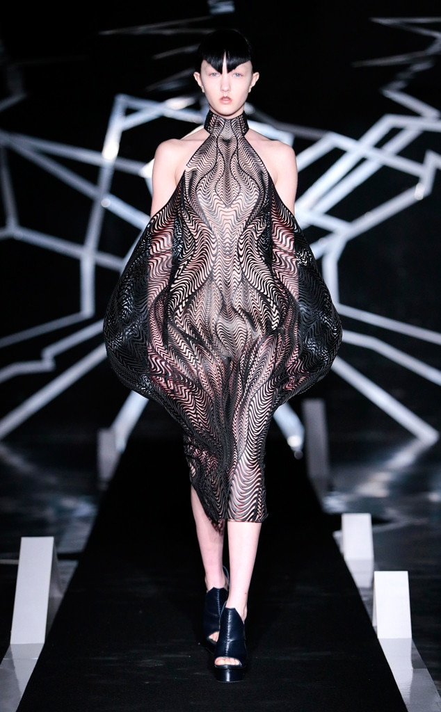 Iris Van Herpen from Paris Haute Couture Fashion Week ...