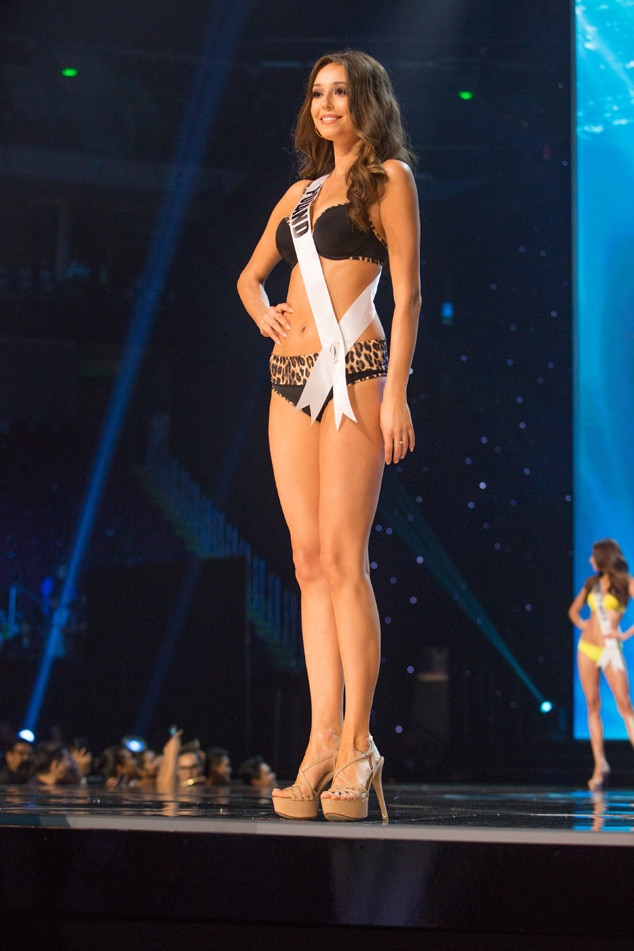 Miss Universe 2017 Full Show >> Miss Poland from Miss Universe 2017 Preliminary Swimsuit Competitions | E! News