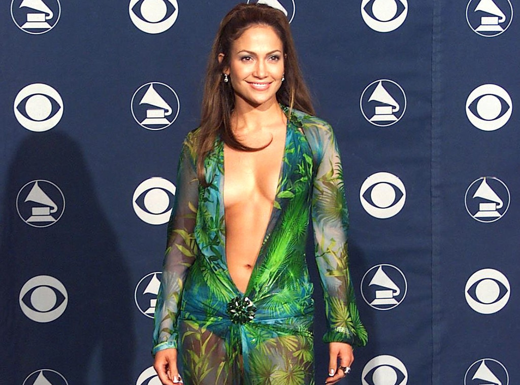 Jennifer Lopez, Grammy Awards, 2000, Shocking Grammys Moments