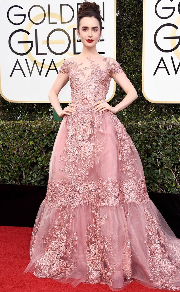 Lily Collins, 2017 Golden Globes, Arrivals
