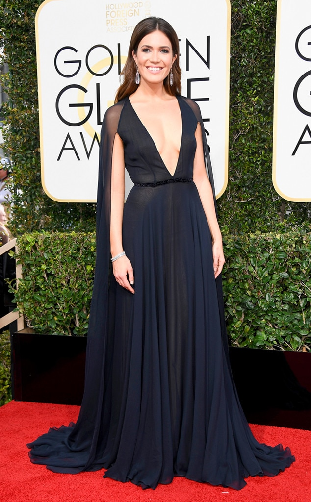 Mandy Moore, 2017 Golden Globes, Arrivals