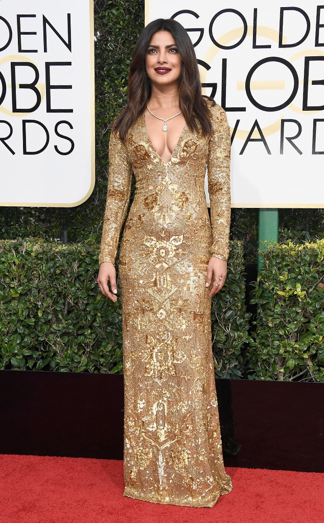 2017 Golden Globes Red Carpet Arrivals Priyanka Chopra, 2017 Golden Globes, Arrivals