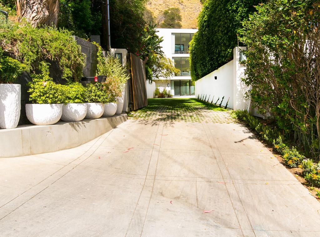 Kendall Jenner, West Hollywood, Kardashian Real Estate
