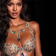 29a2507e9 This Plus-Size Model Recreated Victoria s Secret Ads and the Results ...