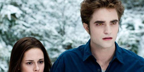 why did bella and edward break up in real life