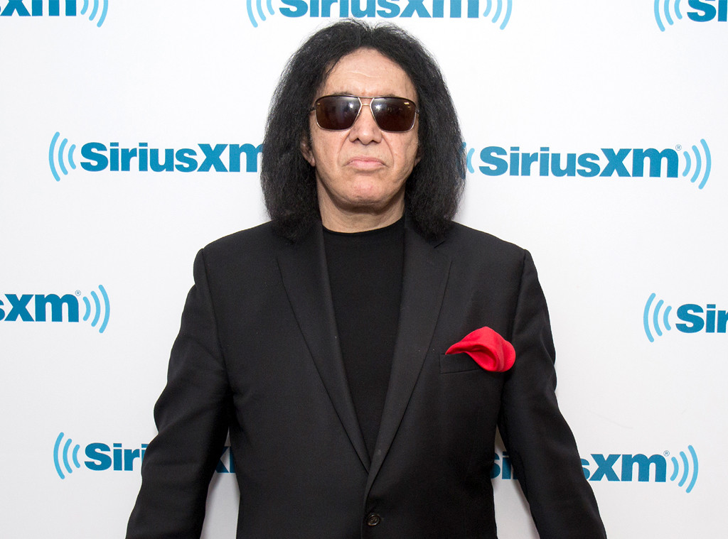 Gene Simmons Settles Sexual Misconduct Lawsuit | E! News