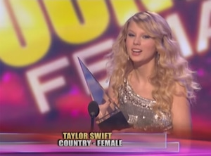 Taylor Swift, First AMAs Win
