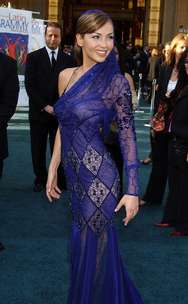 Thalia, Latin Grammys, 2002