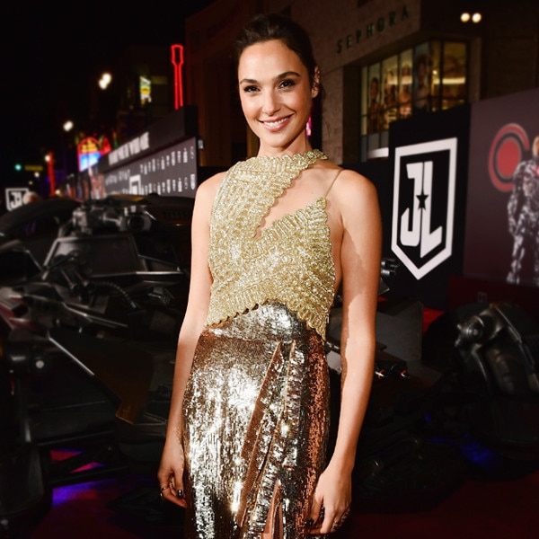 Gal Gadot Suits Up as Wonder Woman for Children's Hospital Visit