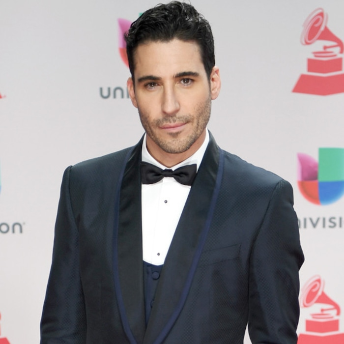 Narcos\' Miguel Ángel Silvestre Is Now Single Again | E! News