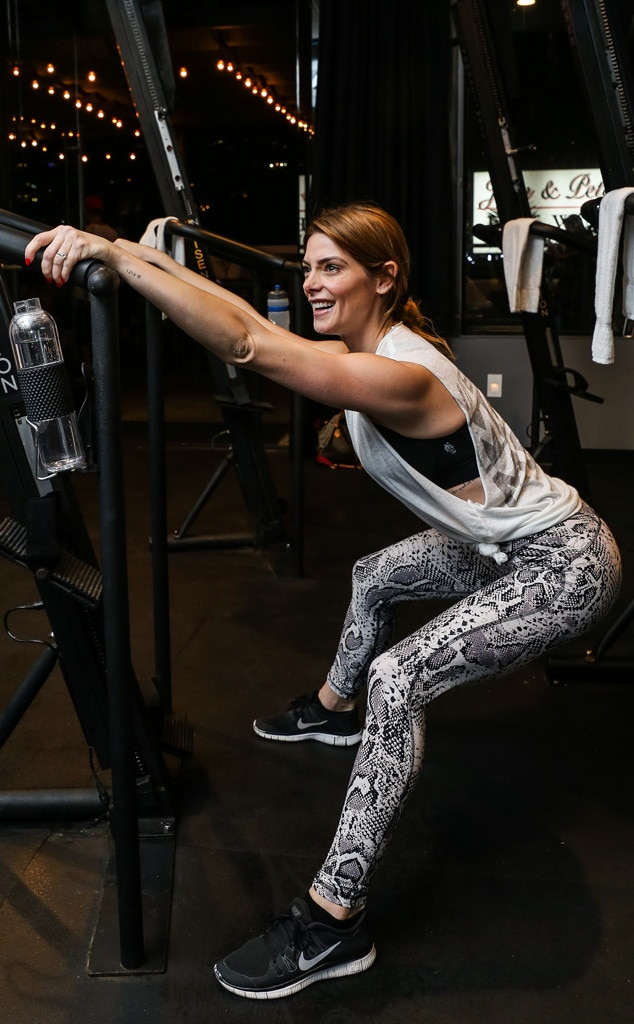 Ashley Greene -  Working out in style!