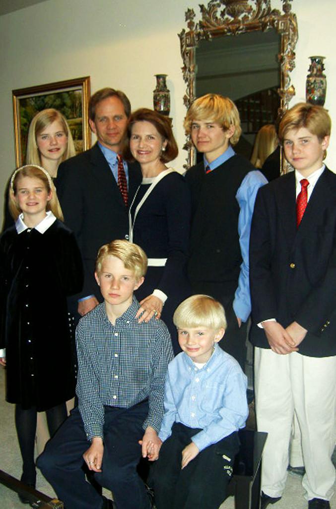 Elizabeth Smart, Family
