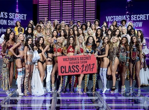 2017 Victorias Secret Fashion Show