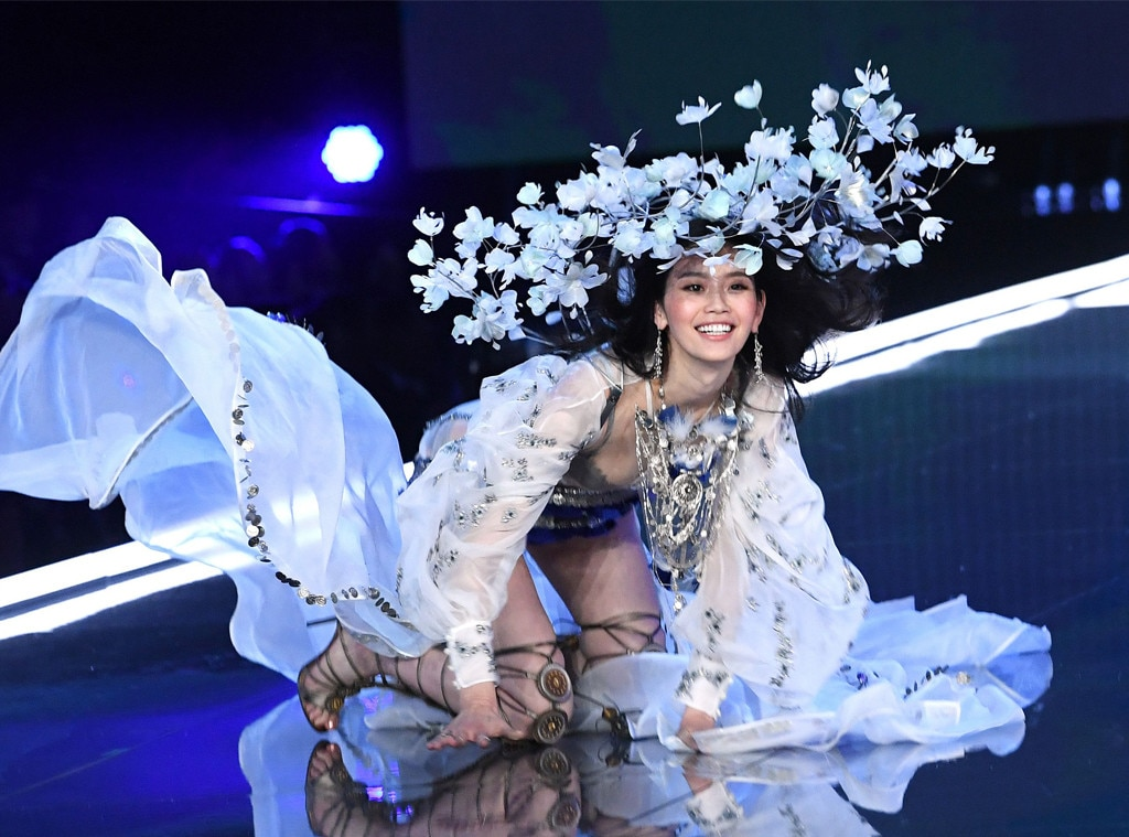 355e6d4f0 Everything You Need to Know About This Year s Victoria s Secret ...