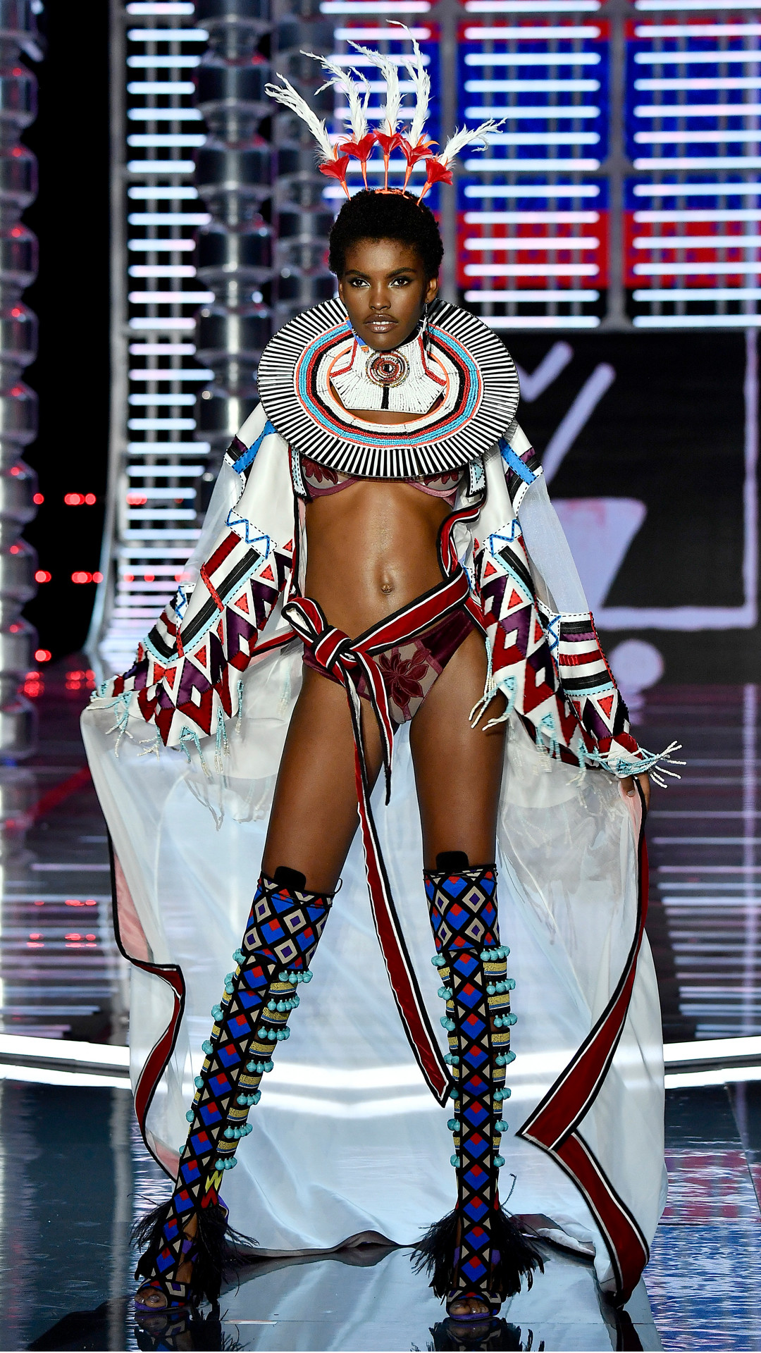 2017 Victoria's Secret Fashion Show, Amilna Estevao