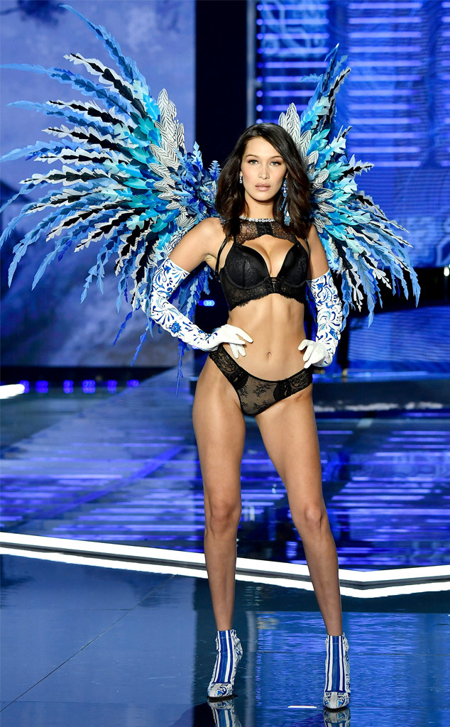 2017 Victorias Secret Fashion Show, Bella Hadid