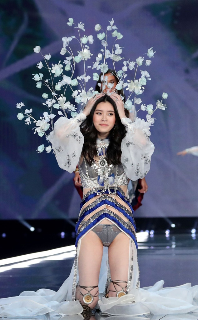 Ming Xi nudes (55 photo) Is a cute, Instagram, braless