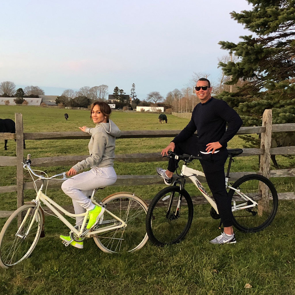 Jennifer Lopez, Alex Rodriguez, 2017 Thanksgiving