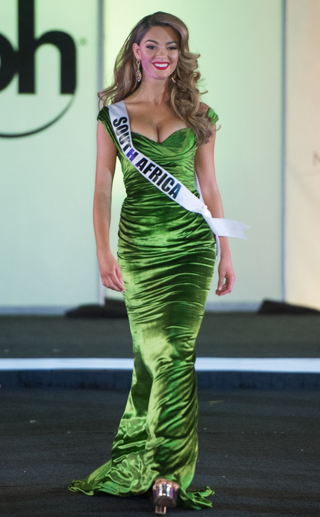 Miss South Africa from Miss Universe 2017 Evening Gown Competition ...