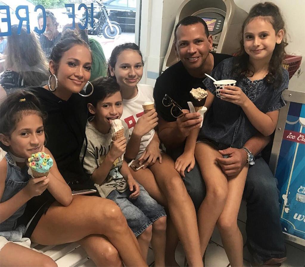 Alex Rodriguez, Jennifer Lopez, kids, Instagram