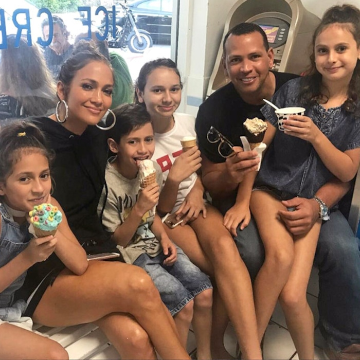 Jennifer Lopez Alex Rodriguez And Their Kids All Scream For Ice
