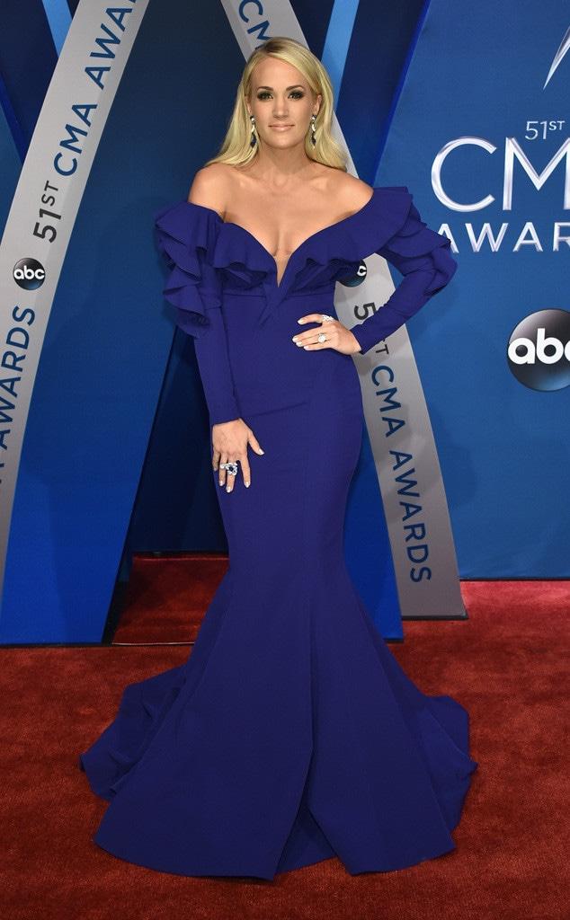 Carrie Underwood, 2017 CMA Awards
