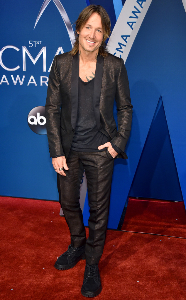 Keith Urban, 2017 CMA Awards