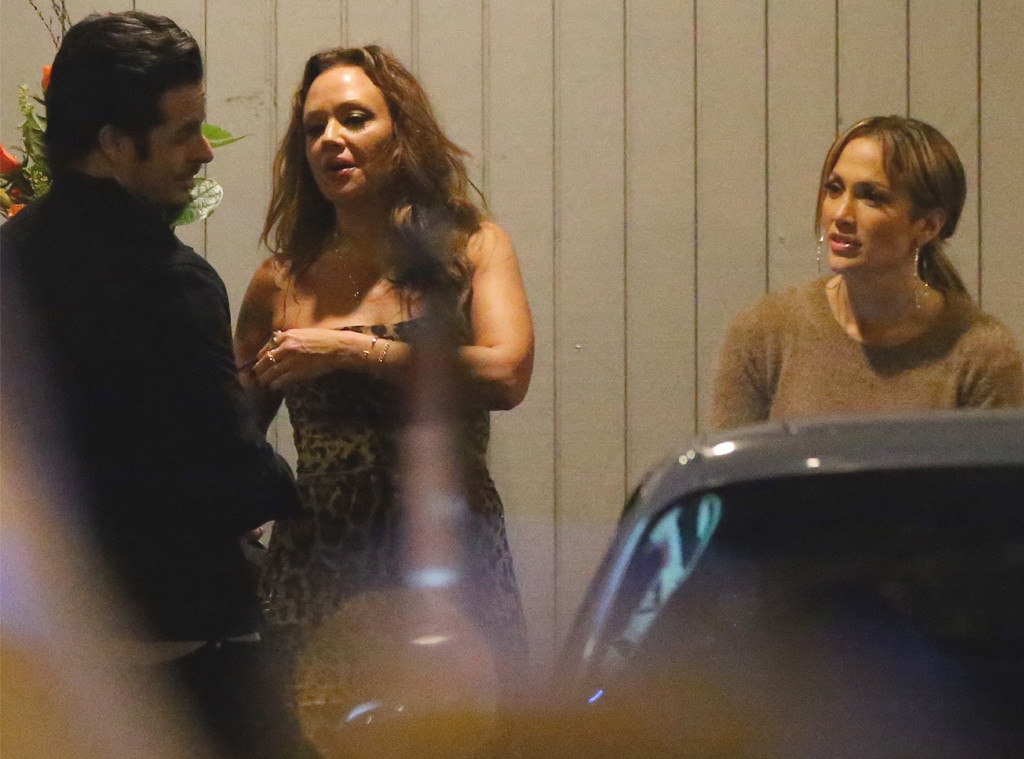 Jennifer Lopez, Leah Remini, Casper Smart