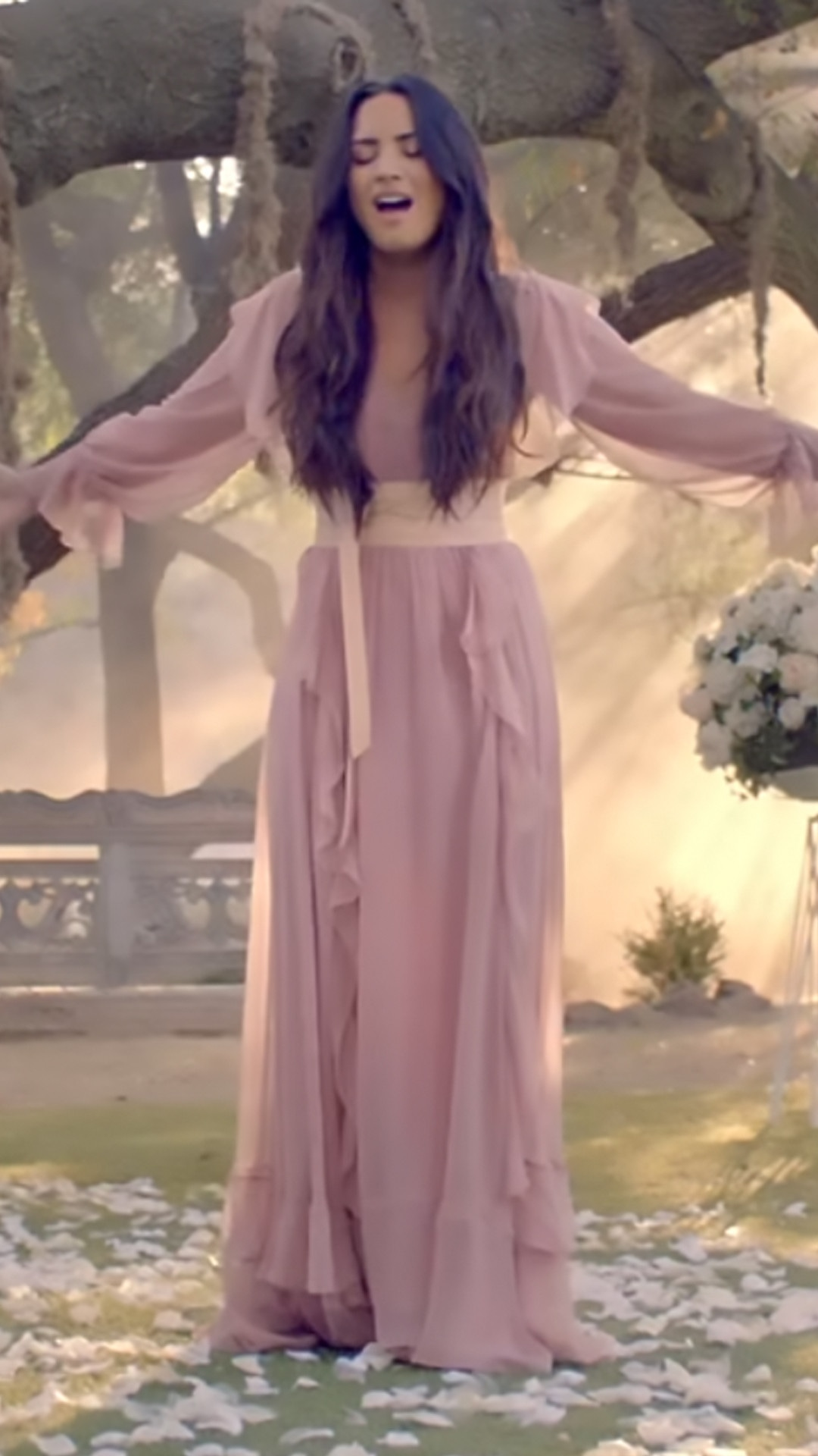 Demi Lovato, Music Video, Tell Me You Love Me