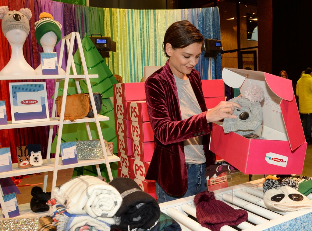 Katie Holmes -  Two weeks before Christmas, the actress picks up special gifts from the Old Navy holiday pop-up at St. Ann's Warehouse in Brooklyn.