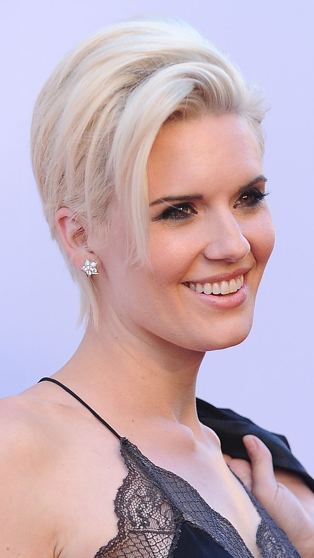 Maggie Grace Maggie Grace new pictures