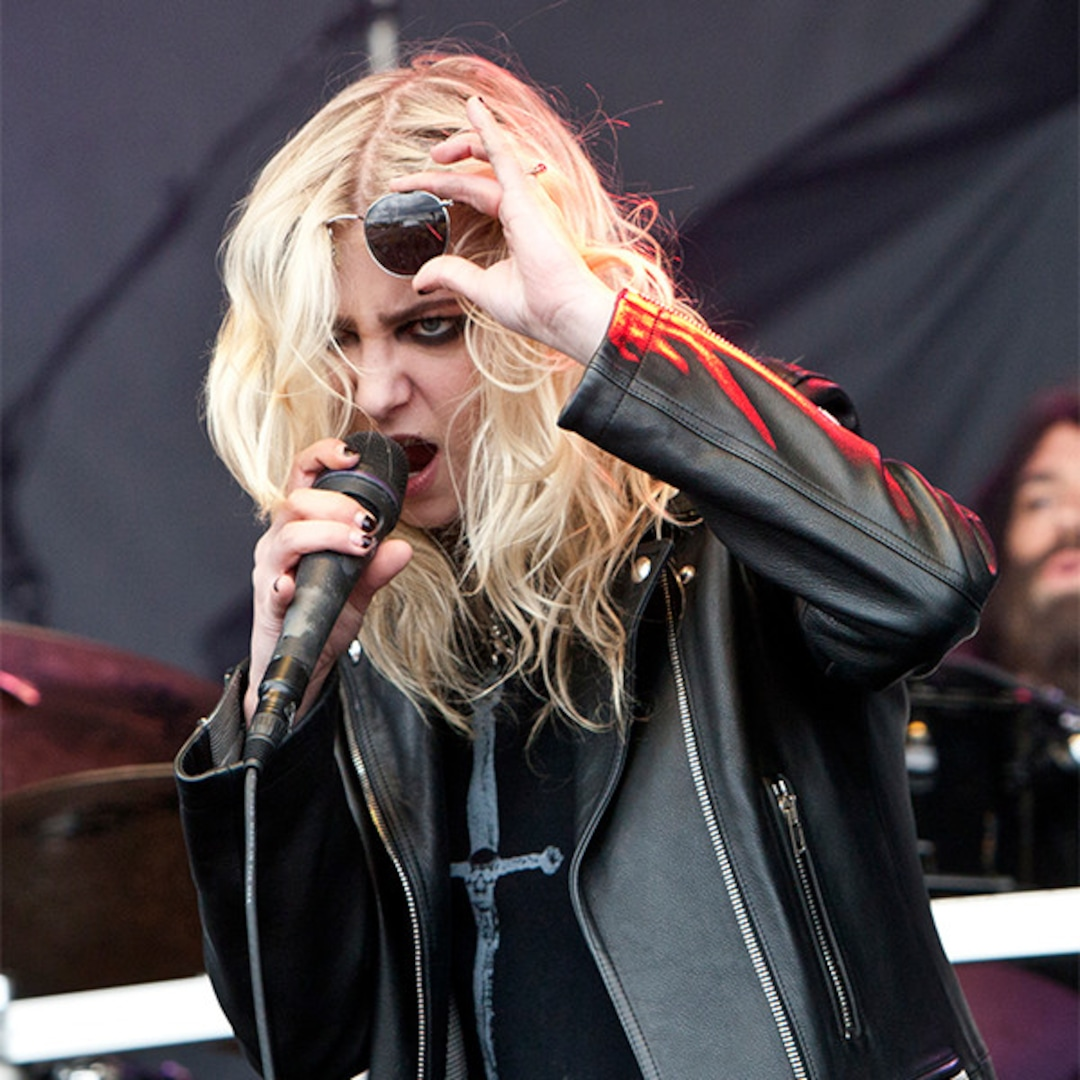 rs 600x600 171213155329 600 taylor momsen pretty reckless jpg?fit=around|1080:1080&output quality=90&crop=1080:1080;center,top.'