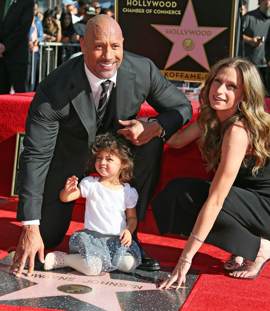 Dwayne Johnson Gushes Over Daughter During His Star Ceremony on Hollywood Walk of Fame | E! News