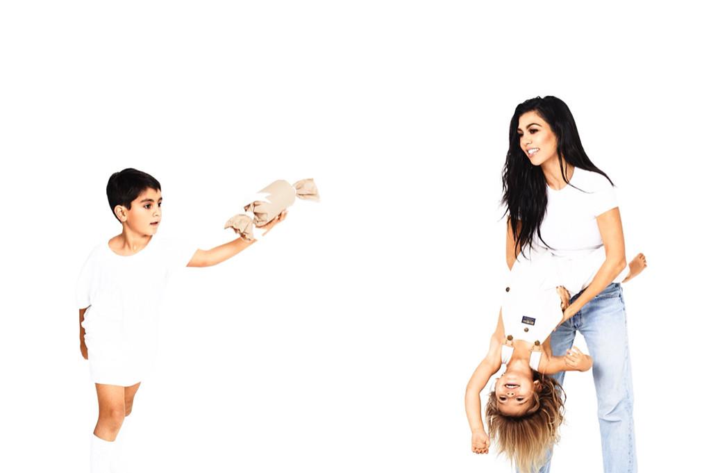 2017 Kardashian Christmas Card, Kourtney Kardashian, Reign Disick, Mason Disick