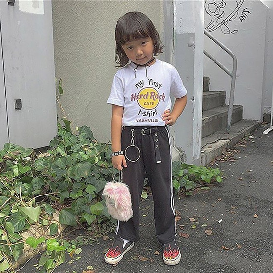 Coco, garotinha japonesa que ama moda