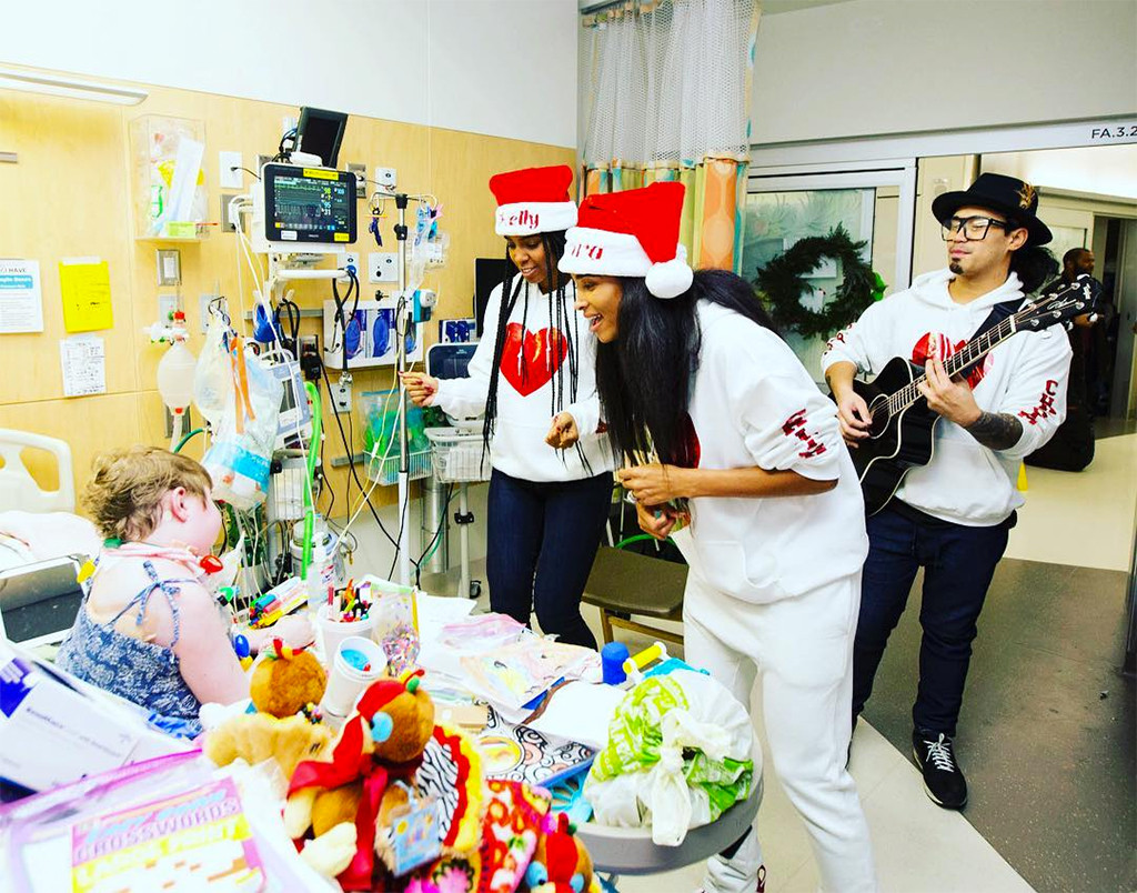 Ciara, Kelly Rowland, Seattle Children's Hospital, Christmas, 2017