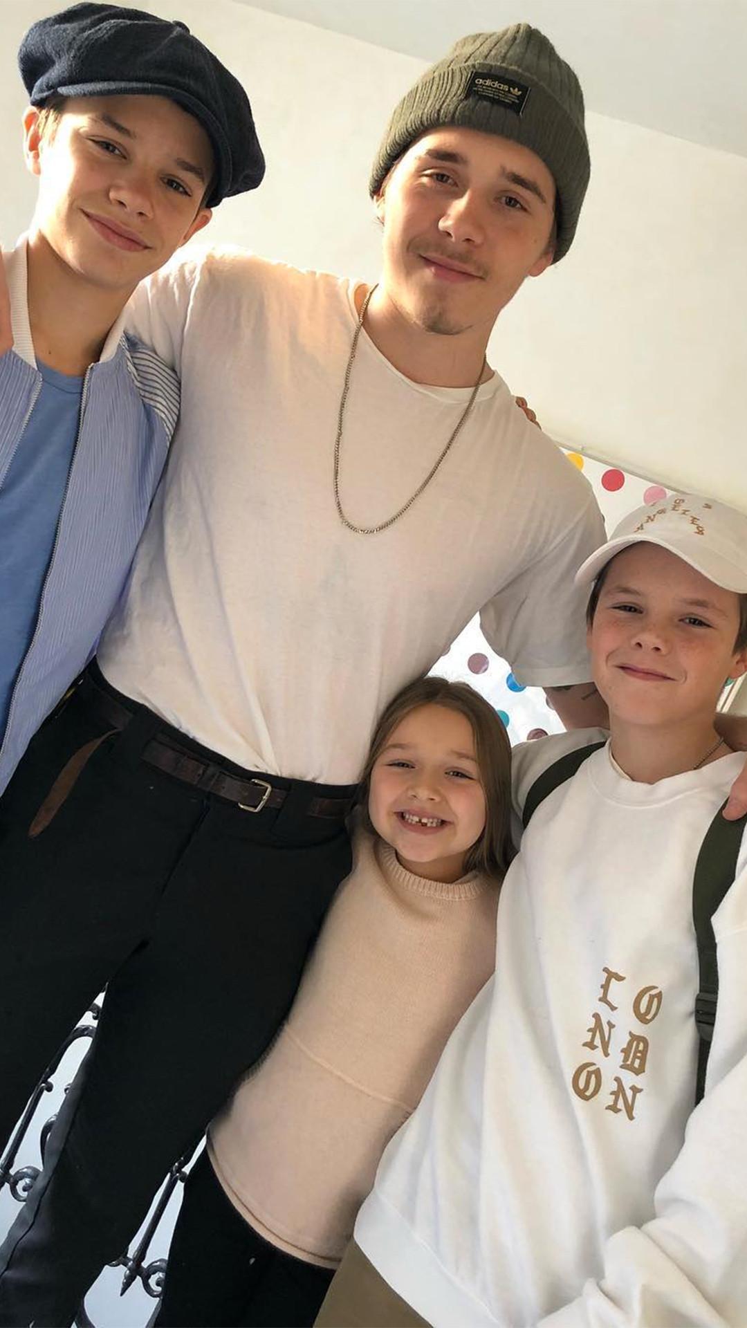 Brooklyn Beckham, Romeo Beckham, Cruz Beckham, Harper Beckham