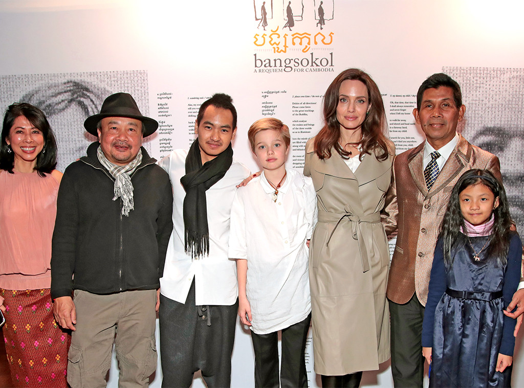 Loung Ung, Rithy Panh, Maddox Jolie-Pitt, Shiloh Jolie-Pitt, Angelina Jolie, Him Sophy