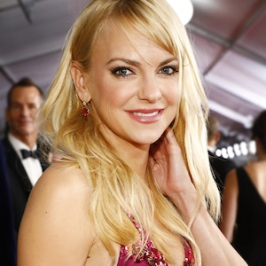 ESC: Beauty Awards Honorable Mentions, Anna Faris