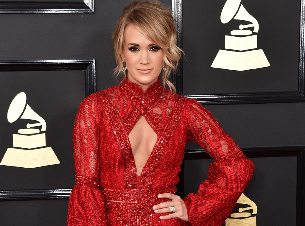 Carrie Underwood, 2017 Grammys, Arrivals