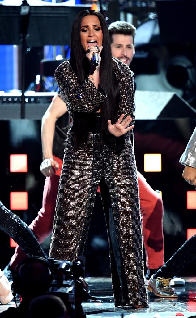 Demi Lovato, 2017 Grammys, Show, Performance