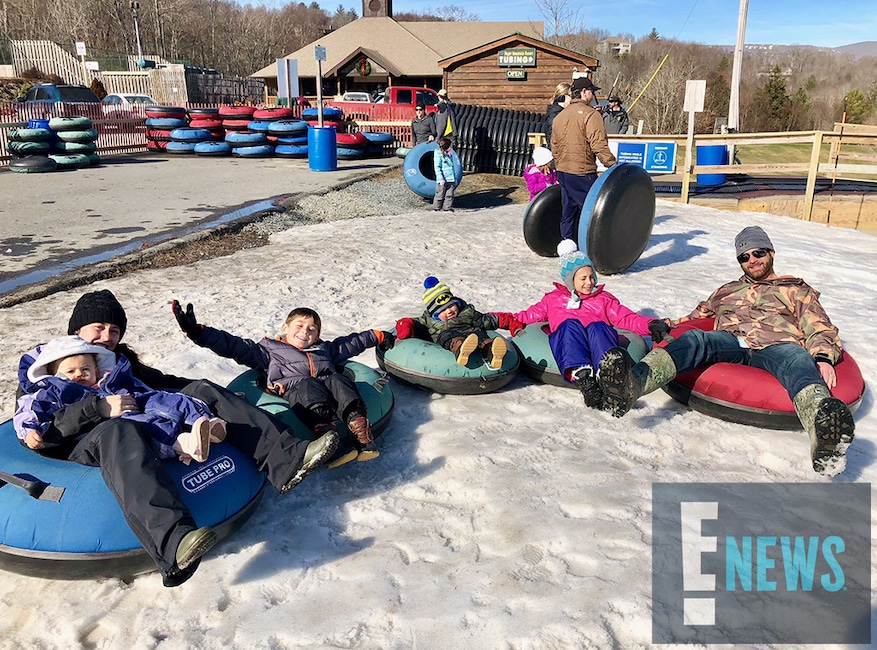 Teen Mom's Jenelle Evans Takes Her 3 Kids on Family Winter Vacation