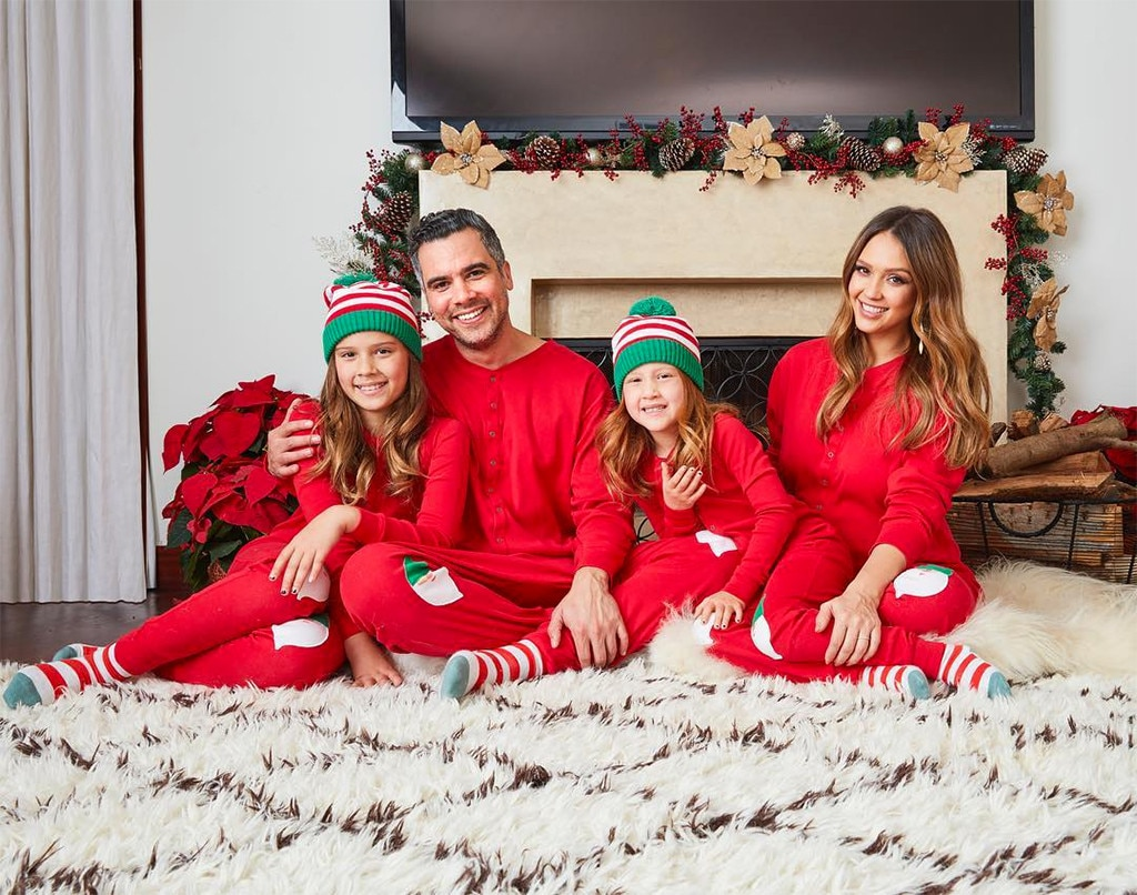 now share your vote - Family Photo Christmas Cards
