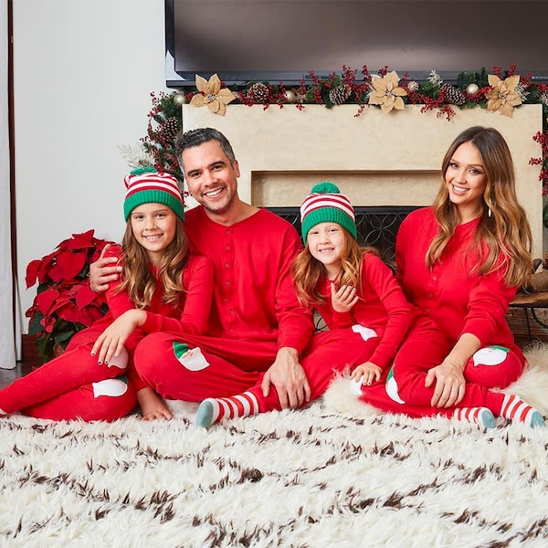 The 7 Most Epic Celebrity Christmas Cards - PureWow